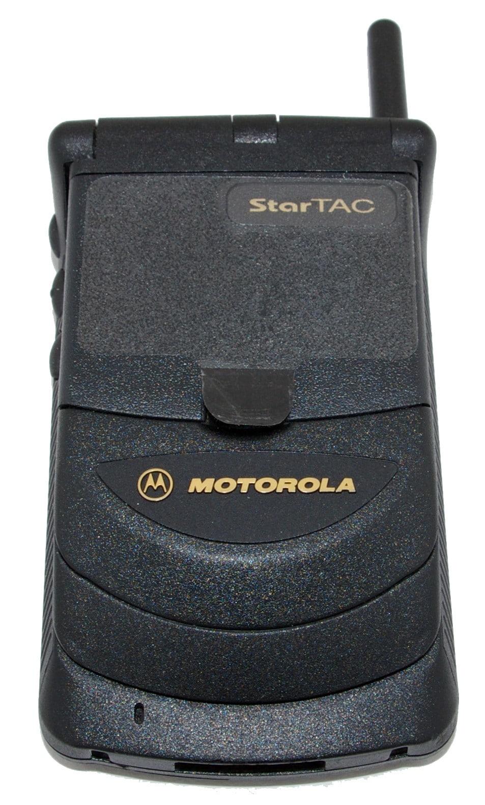 StarTac, le premier téléphone à clapet